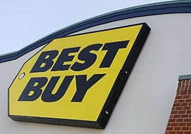 Best Buy reportó ganancias por 3.9 millones de dólares en su primera tienda en México. (Foto: Reuters)