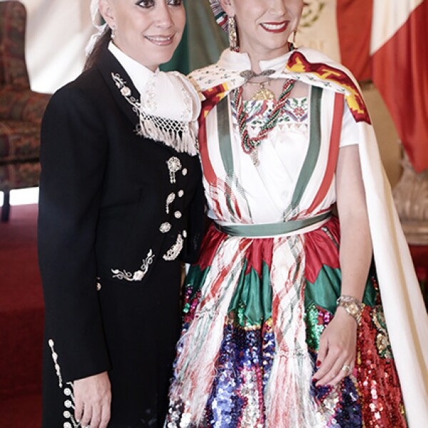 Lourdes Pérez Negron y Rosa María Álvarez