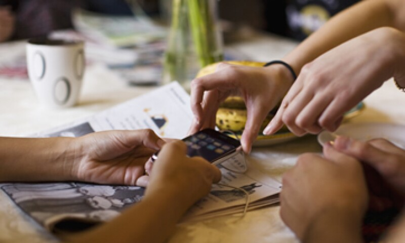 Verificar que descargaste la aplicación oficial de tu banco puede ayudarte a evitar un fraude. (Foto: Thinkstock)