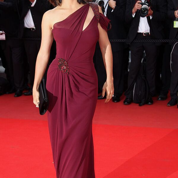 """Robin Hood"" Premiere - 63rd Cannes Film Festival"
