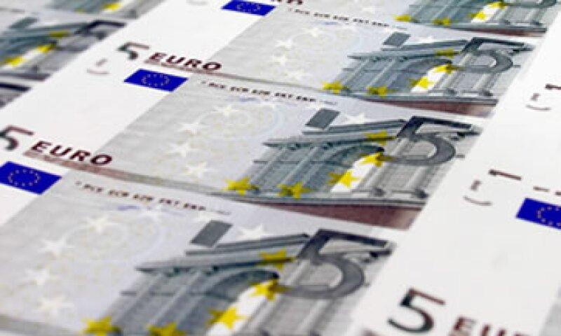 La Comisión Europea alargó el régimen que permite la ayuda a las entidades financieras. (Foto: Thinkstock)
