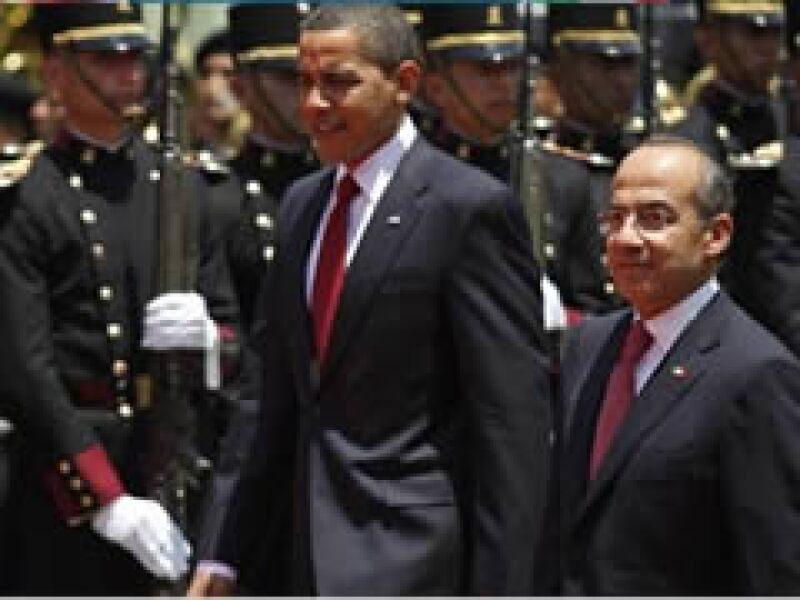 Obama y Calderón en Los Pinos.  (Foto: Reuters)