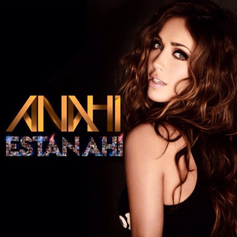 """La cantante publicó """"Están Ahí"""" como un tributo al apoyo incondicional de sus fans y recibe felicitaciones de Dulce María y Gloria Trevi."""