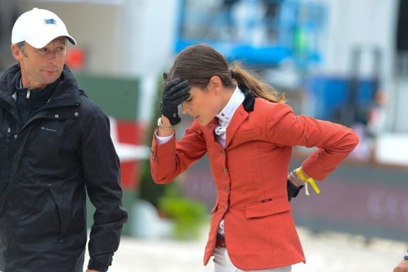 La hija de Carolina de Mónaco cayó de su caballo en un evento de salto de obstáculos en el marco del Paris Eiffel Jumping