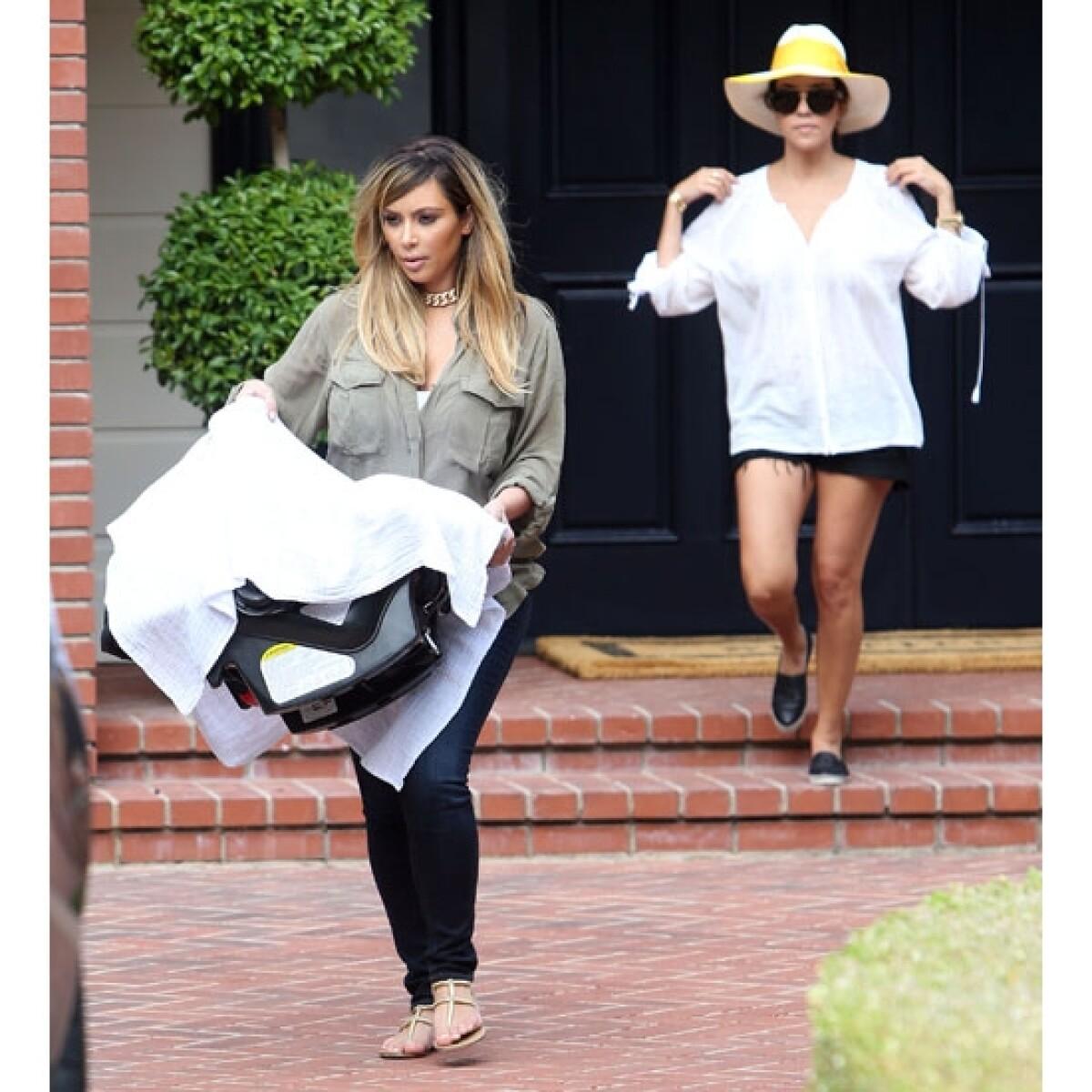 Así es, Kim Kardashian ahora es rubia