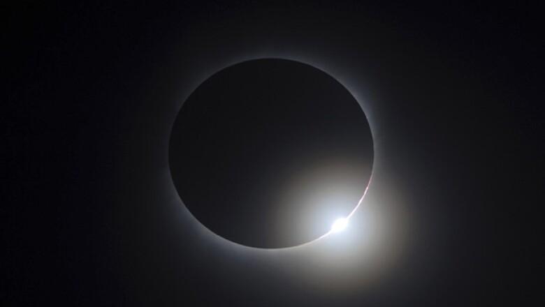 Por más de 6 minutos parte del planeta Tierra estuvo en la penumbra.