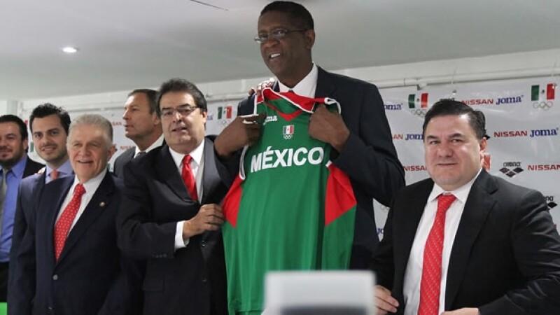 James Cartwright aseguró que brindará todos sus conocimientos del basquetbol para hacer que México crezca en el deporte