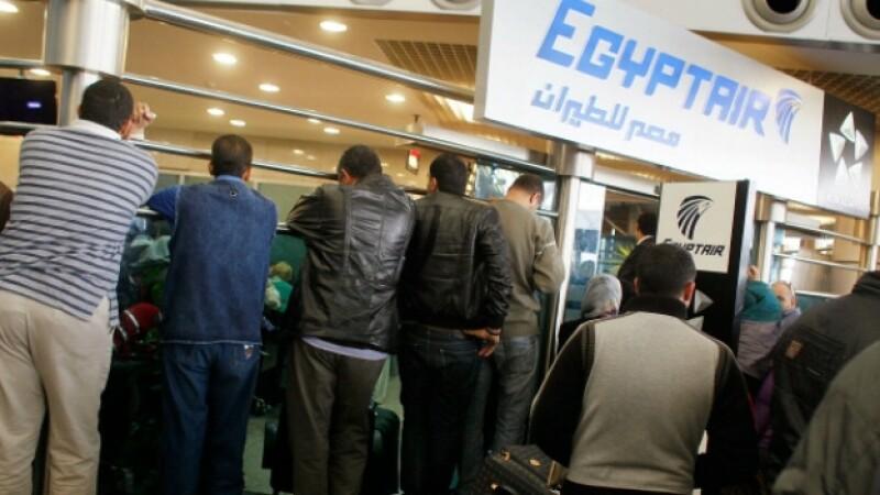 aerolinea egipcia permitira velo islamico
