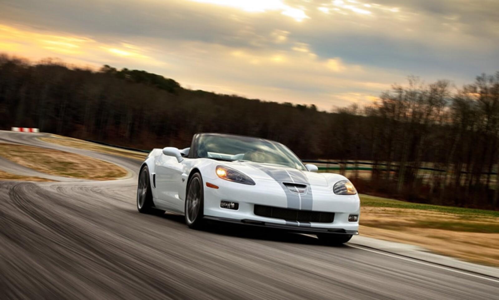 Chevrolet celebra seis décadas de producción ininterrumpida del legendario auto deportivo que ha hecho historia, Corvette, y lo hace con una edición especial conmemorativa.