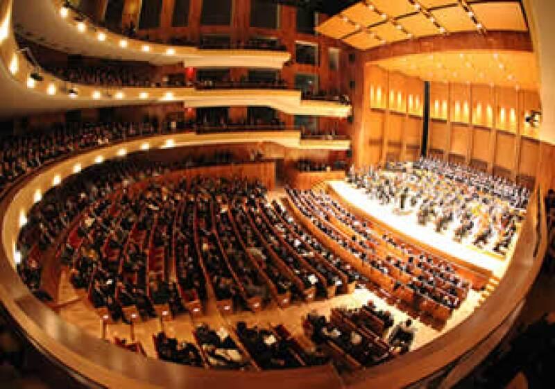 El Teatro del Bicentenario tiene cinco pisos con capacidad para recibir a 1,595 espectadores. (Foto: Cortesía Gobierno de Guanajuato)