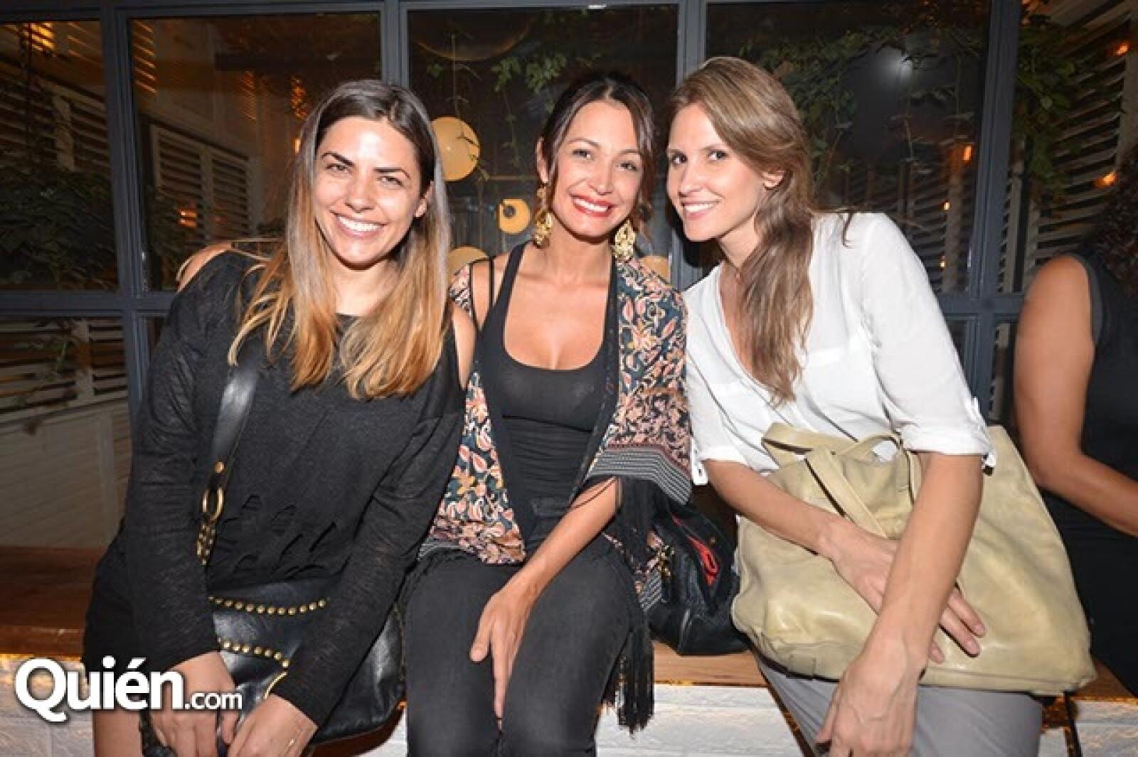 Lorena de la Ceja,Carolina Escobar y Katarina Sauts.