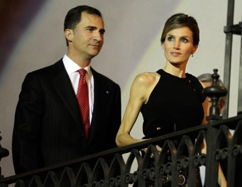 Letizia de España lució extremadamente delgada durante una visita oficial a Chile, pero no es la única, ya que Kate Middleton también ha reducido su peso.
