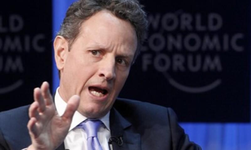 Geithner aseguró en el WEF que  las políticas de austeridad y ahorro emprendidas en la zona euro no bastarán para sacarla de la crisis. (Foto: AP)