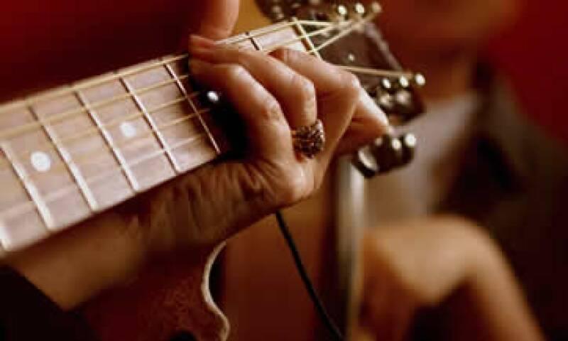 El instrumento podría venderse en unos 2,500 euros. (Foto: Getty Images)