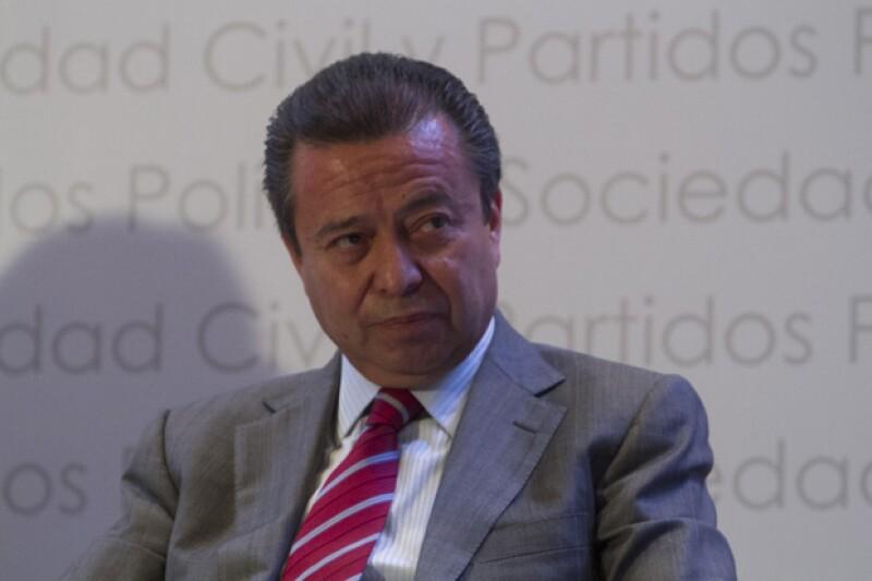 El dirigente del PRI confesó su afición por relojes de lujo, misma que comparte con personalidades como el actor de Hollywood y el ex presidente de Francia, Nicolás Sarkozy.