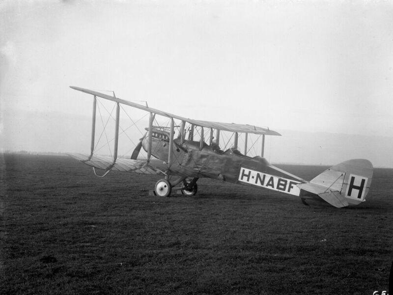 webversion-KLM 520003 Havilland 1919.jpg