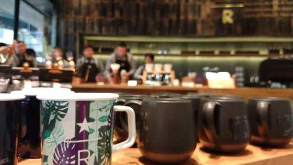 Starbucks abre tienda premium en Monterrey