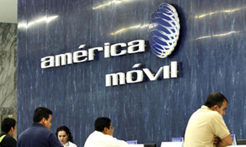 La declaratoria de preponderancia impuesta a AMóvil y Televisa son un avance sin precedentes, dice el Idet. (Foto: Reuters)