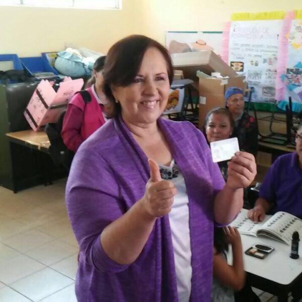 La candidata independiente a gobernadora en Puebla, Ana Teresa Aranda Orozco denunció que sus representantes de casillas son bloqueados a pesar de que cuentan con nombramientos del INE, aunque no precisó cuántos.