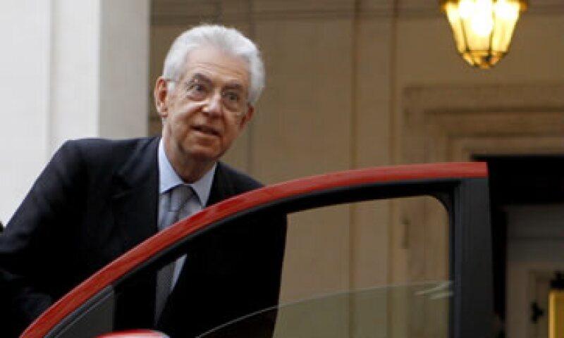 Mario Monti advierte la posibilidad de que la situación española se propague en la eurozona. (Foto: AP)