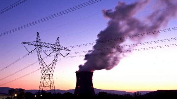 Planta y torre de energ�a