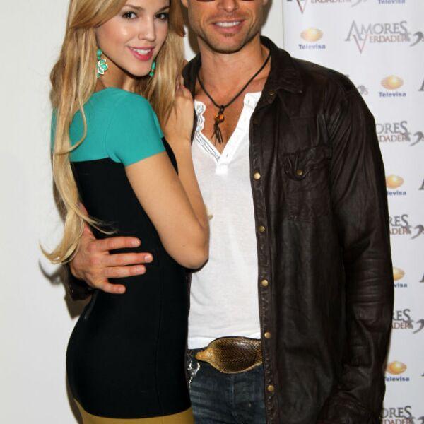 Amores Verdaderos es la novela que Eiza protagonizó con Sebastián Rulli en 2012.