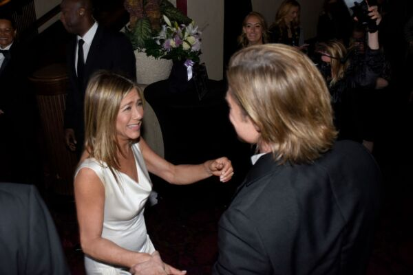 Jennifer Aniston y Brad Pitt desde otro ángulo