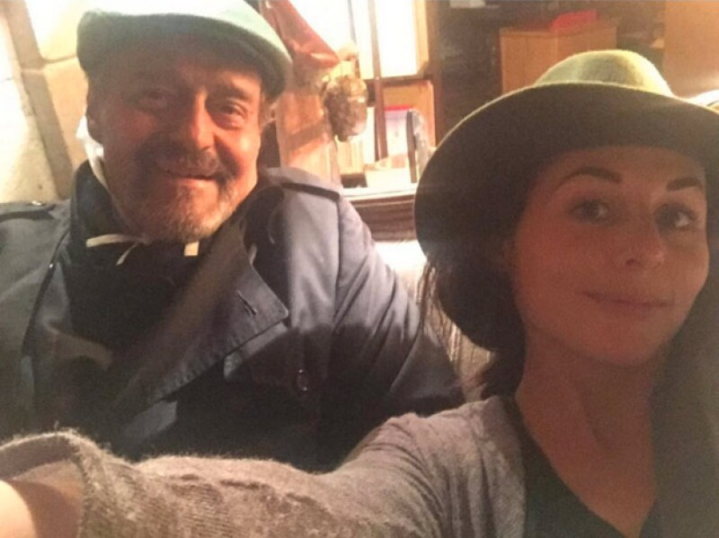La actriz  confirmó que su padre, el actor Gonzalo Vega, se encuentra estable, tras ser hospitalizado y agradeció las muestras de cariño.