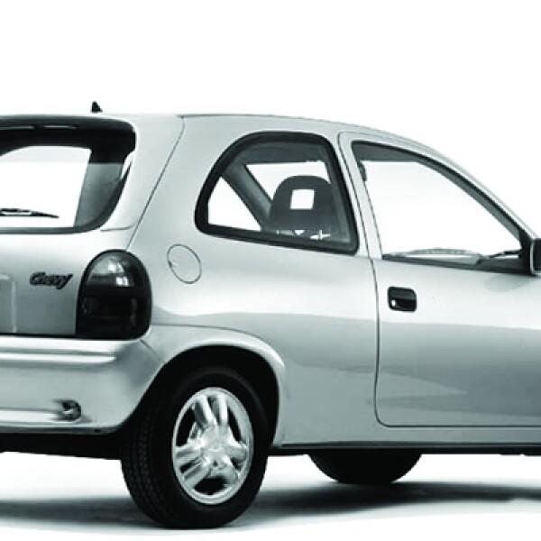 En 1998 se lanzó la versión conmemorativa del Mundial de Francia; en aquella época también se introdujo Chevy Station Wagon, dirigido hacia las familias pequeñas.