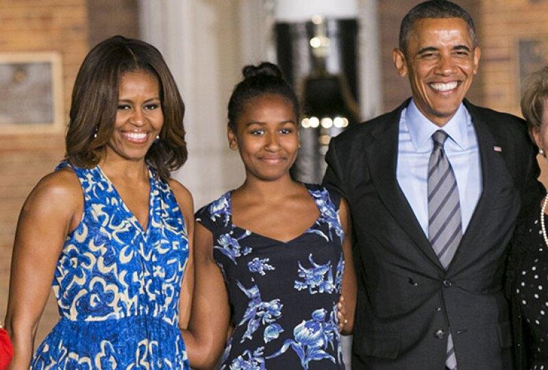 La menor de las hijas de los Obama trabaja en un restaurante de mariscos este verano.
