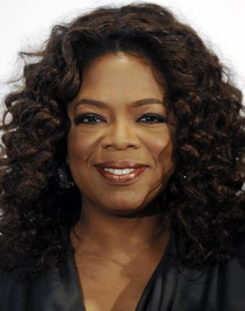 La presentadora cambiará de forma creativa y dramática la vida de gente desconocida en su nueva serie de televisión.