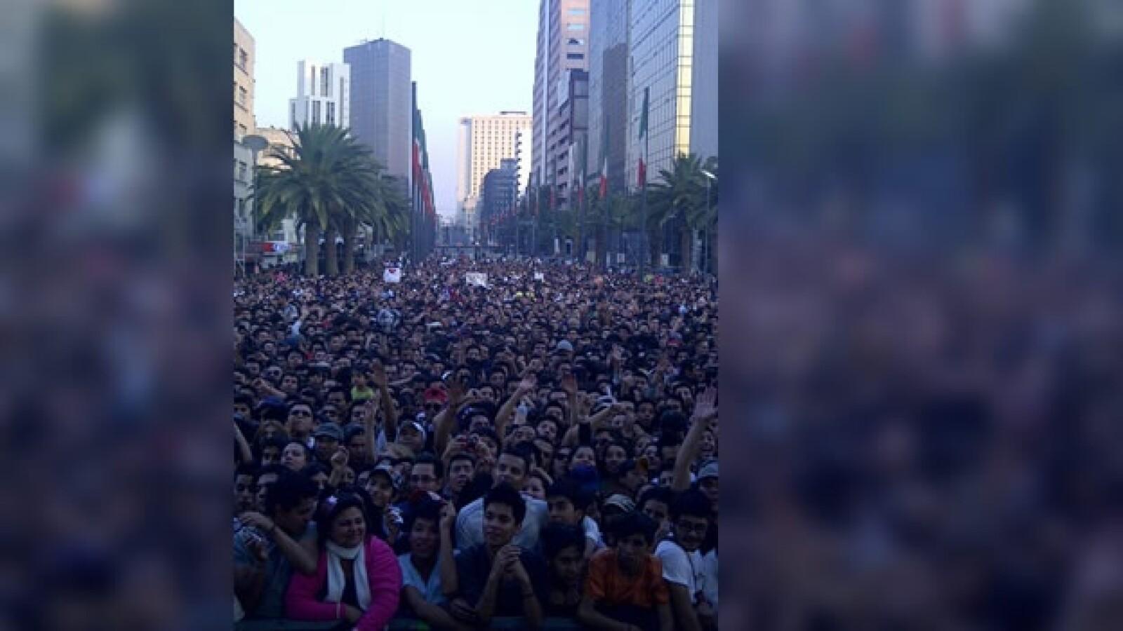 britney spears concierto gratis revolucion df ciudad de mexico