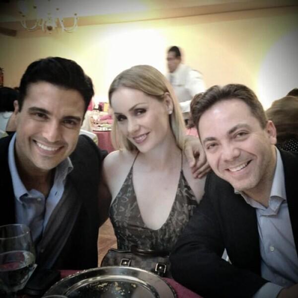 Jaime Camil, Heidi Balvanera y Cristian Castro en la recepción que Angélica Vale ofreció a los asistentes.
