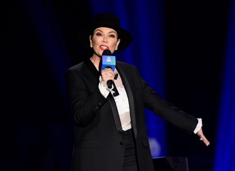 Durante un evento de música de los ochentas, la momager de las Kardashian Jenner fue abucheada y criticada.