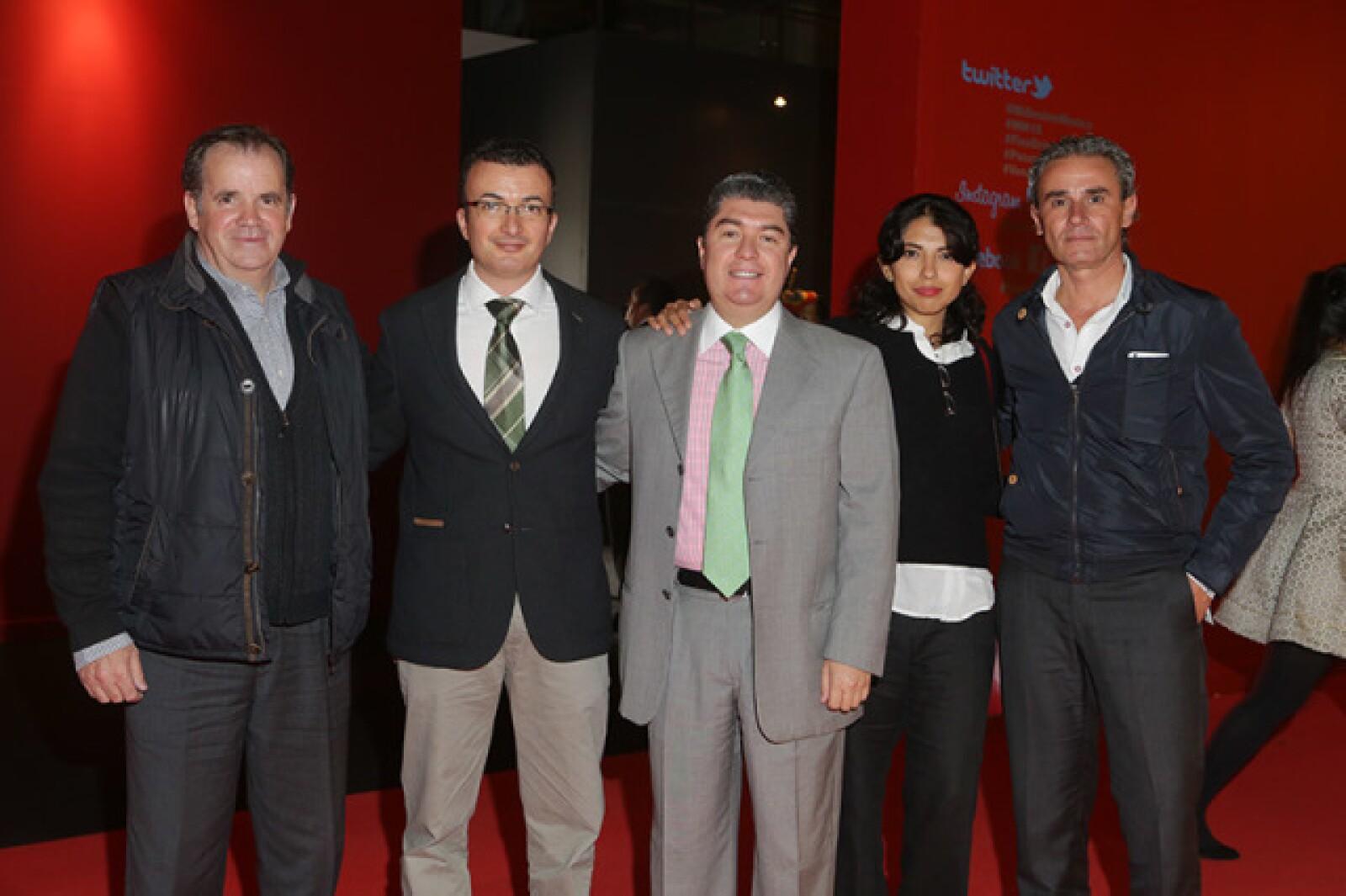 Roberto Ordoñez, Emilio Gorey, Juan Carlos González, Fernanda Velasco y Carlos Moreira