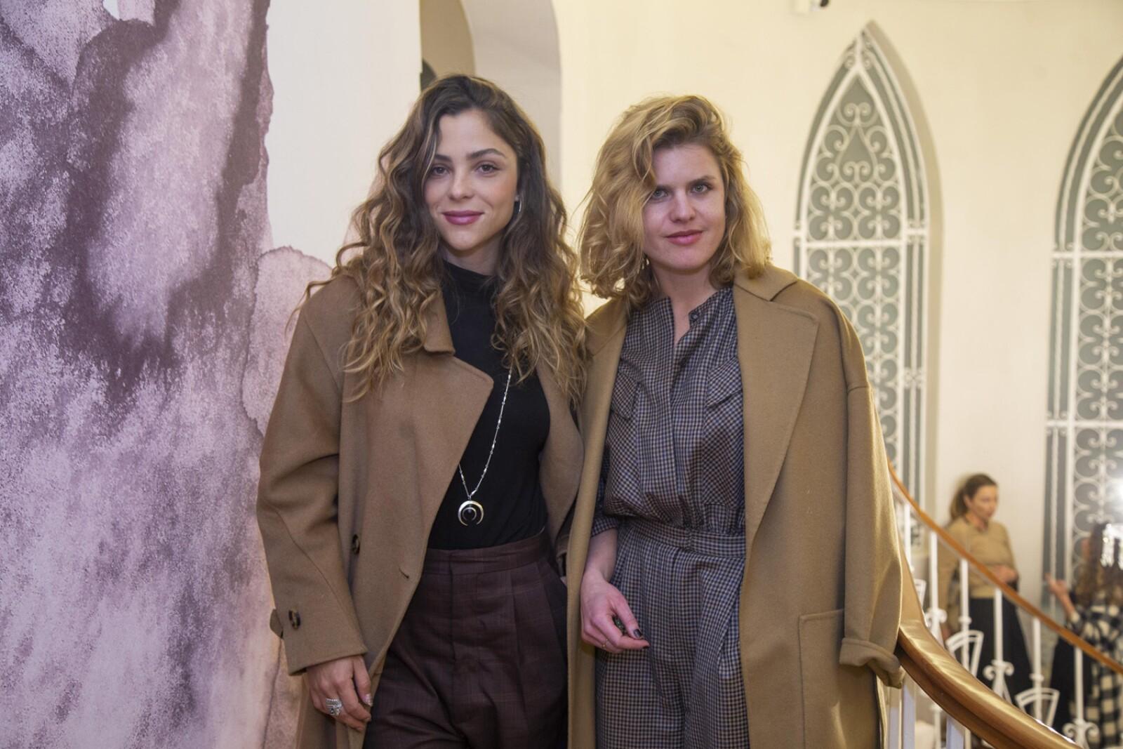 Fernanda kalb, Paulina Davila