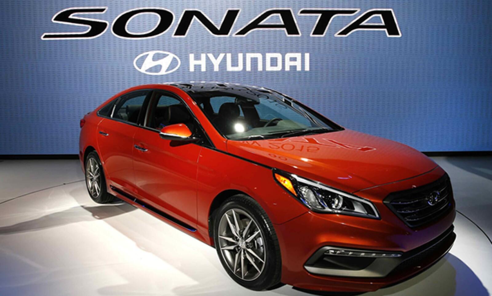El Accent de Hyundai se mejora para ofrecer nuevas funcionalidades en la gama estándar.