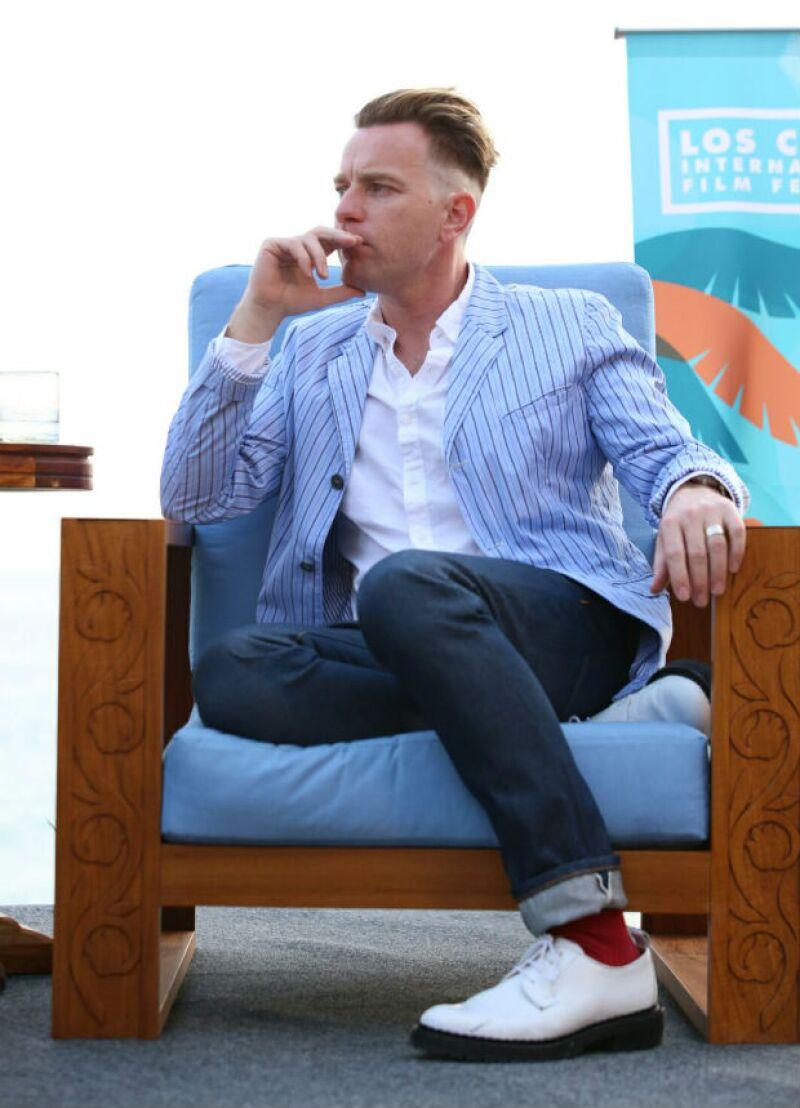Ewan McGregor estrenó corte de pelo en Los Cabos.
