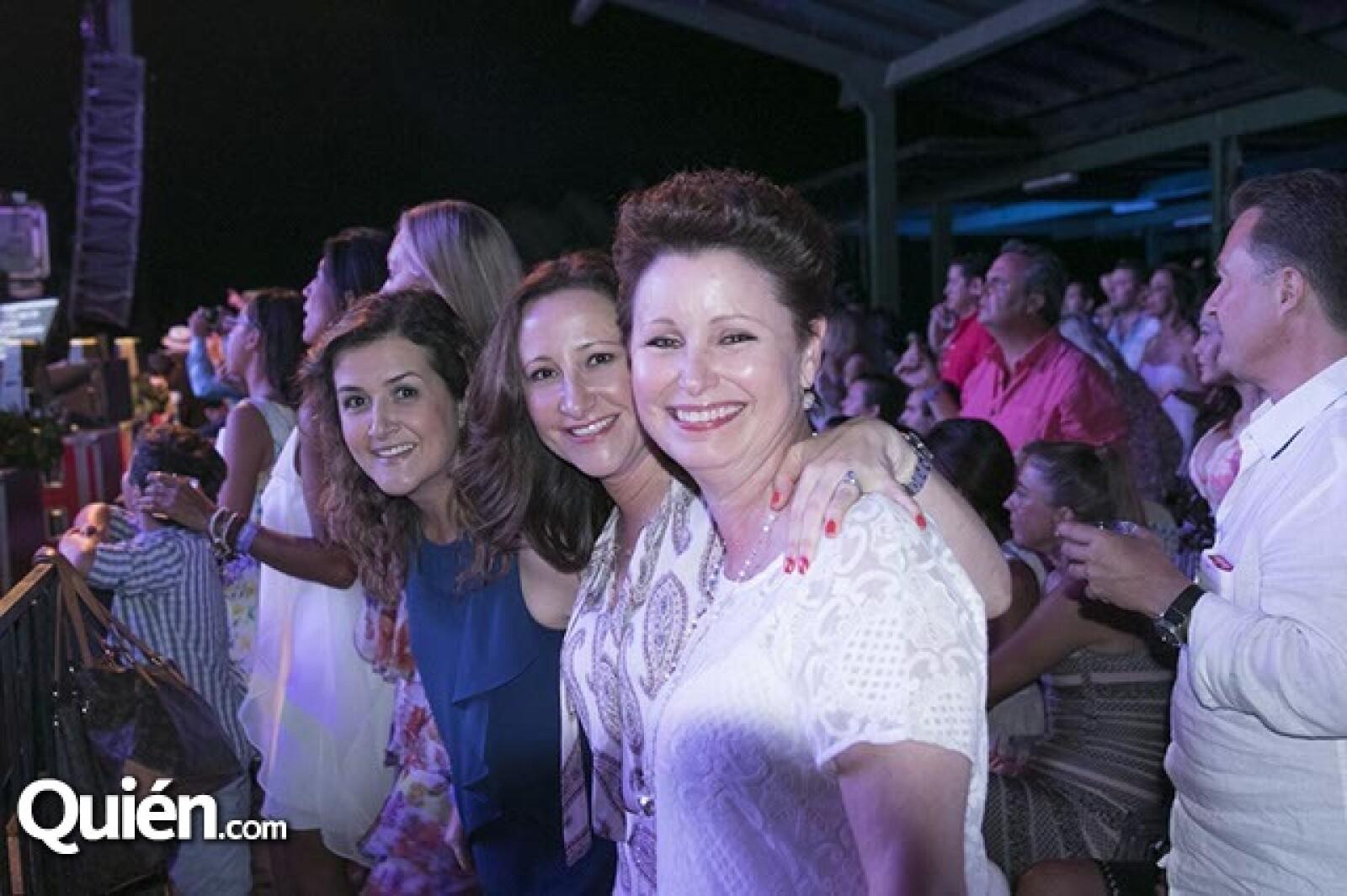 Beatriz Quintana,Angelica y Alejandra Cetto