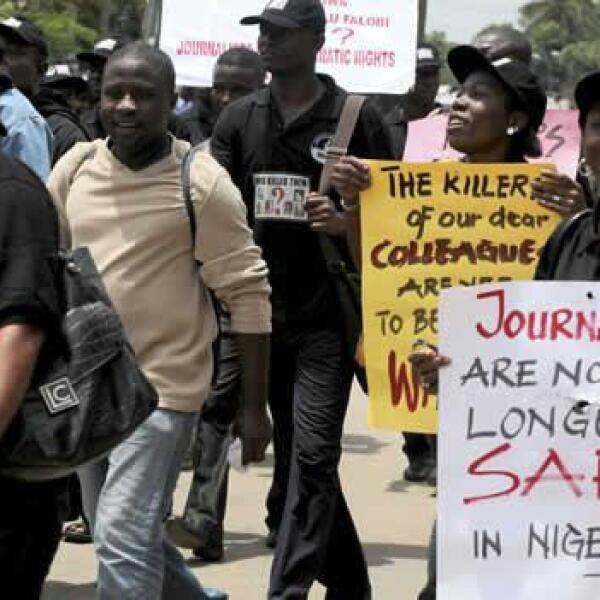 Una protesta de periodistas en la capital de Nigeria, para conmemorar el día internacional de la libertad de prensa