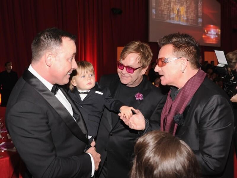 Zachary saludó a Bono, entre muchos otros invitados.