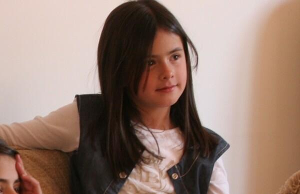 Nicole, hoy de 12 años, tiene un carácter fuerte y quiere ser como su mamá.