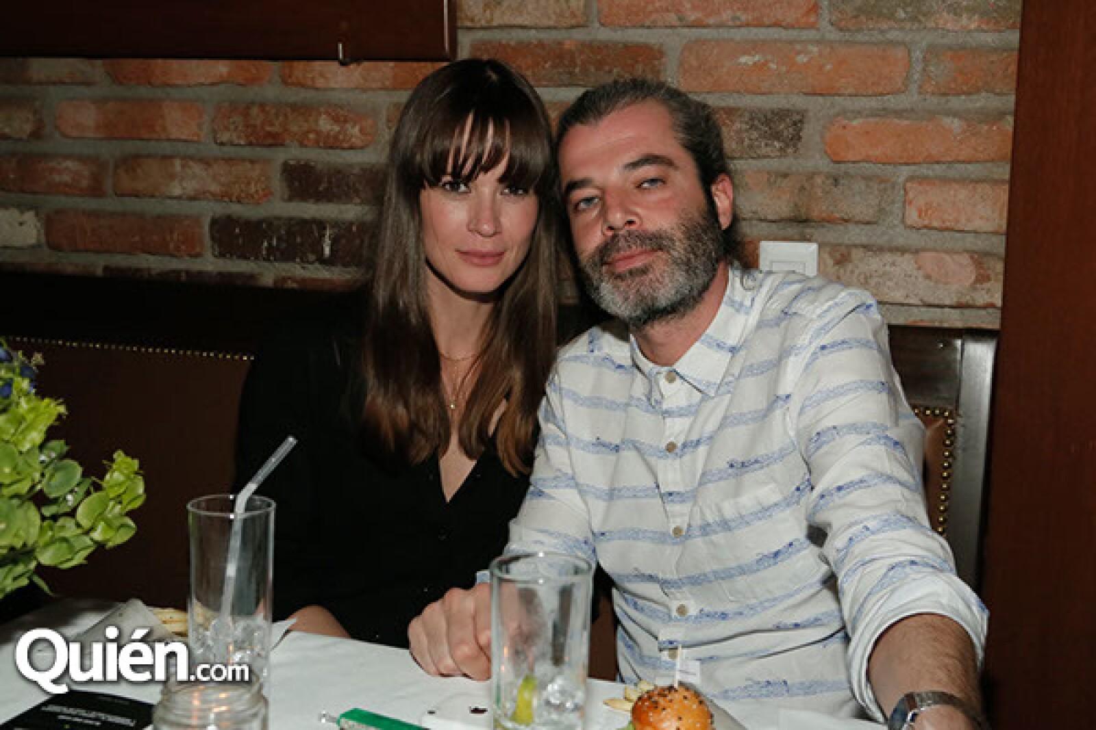 Ivette y Pablo González