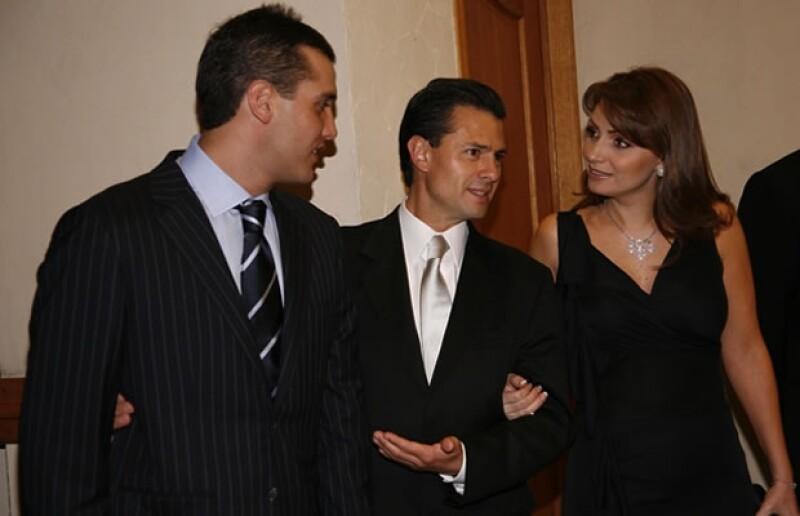 La pareja presidencial acudió como invitada a la boda del senador. Aquí en 2010, durante la boda del senador Alejandro Moreno y Ana Laura Treviño.