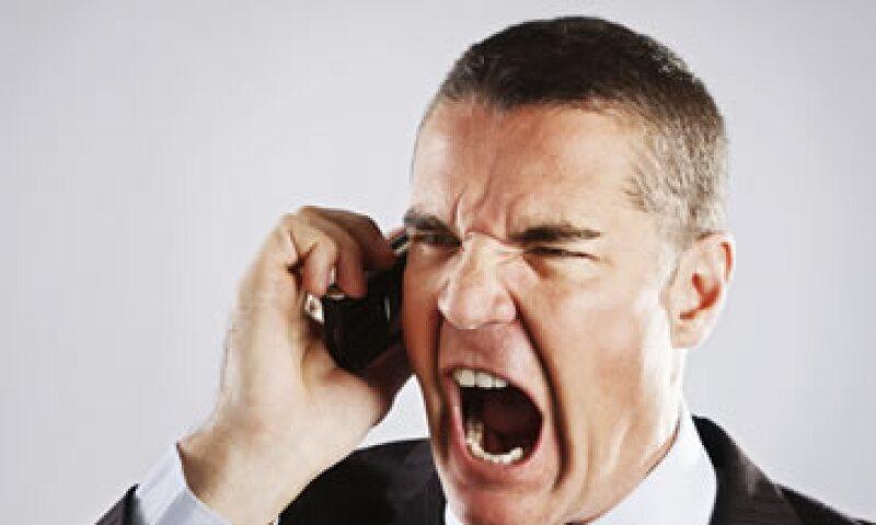 Los representantes de los despachos deben tratar con respeto a los deudores. (Foto: Getty Images)