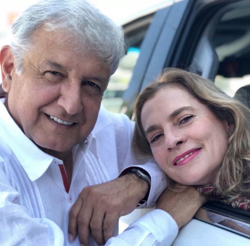 Andrés Manuel López Obrador envía emotivo mensaje a Beatriz
