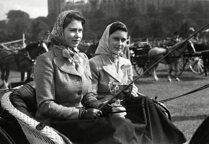 Margarita e Isabel en 1945