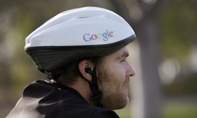 Google confirmó que entre 2008 y 2010 no solo sacó fotografías de las casas para Street View sino que también escaneó redes inalámbricas. (Foto: AP)