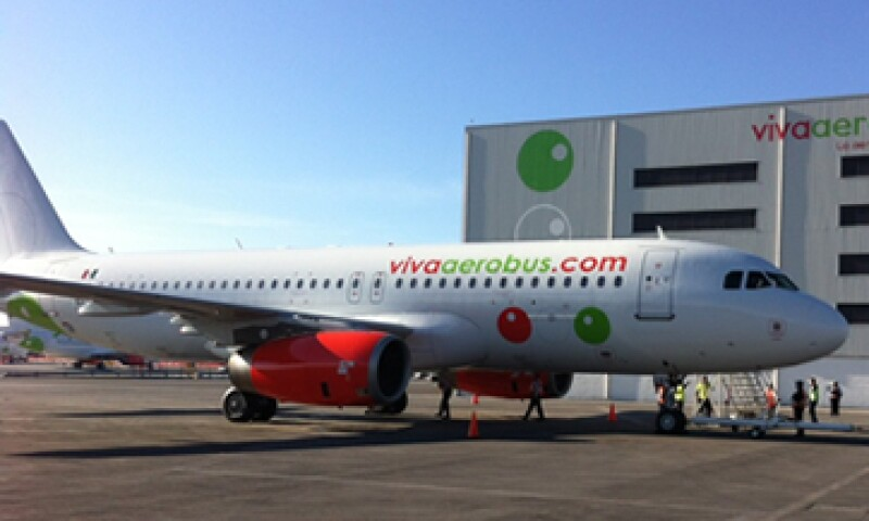 VivaAerobus quiere apostar por nuevos nichos y crecer 20% anual en los próximos ocho años. (Foto: Tomada de facebook.com/VivaAerobus)
