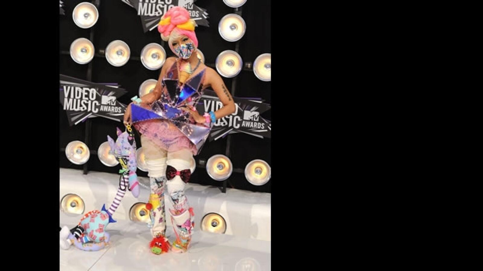 vestidos exóticos MTV VMA 4